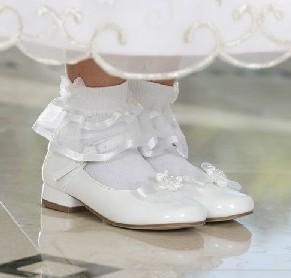 shoes_girls_white_dress