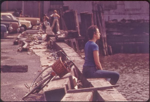 yo30097-breaktimehudsonriver1973 Taking a break Along the Hudson River, NYC by Wil Blanche