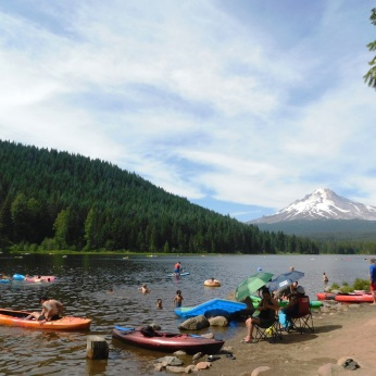 Trillium Lake, walks 067